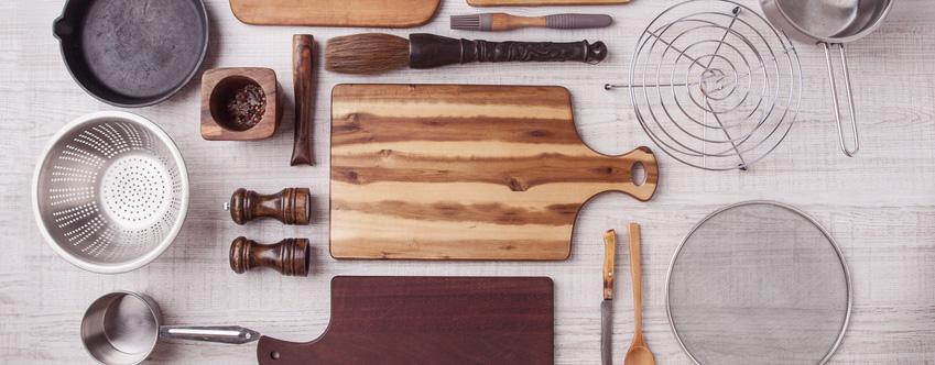 Kitchenware Fulfillment - Kitchenware on table